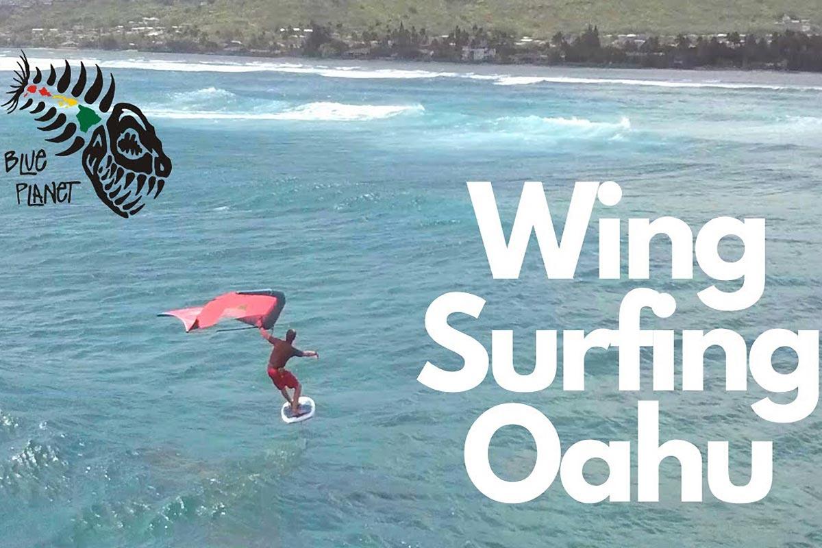 L'équipe de Blue Planet Surf en wingfoil à Oahu