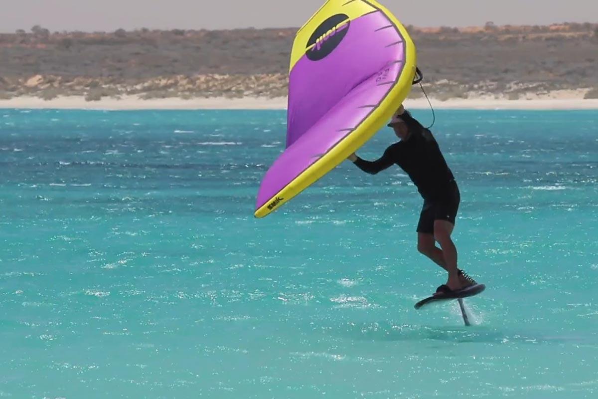Scott McKercher dans le désert australien
